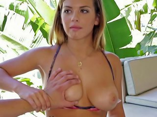 Delightful Blonde Cutie Keisha Grey Gives Steamy Blowjob To A Horny Guy